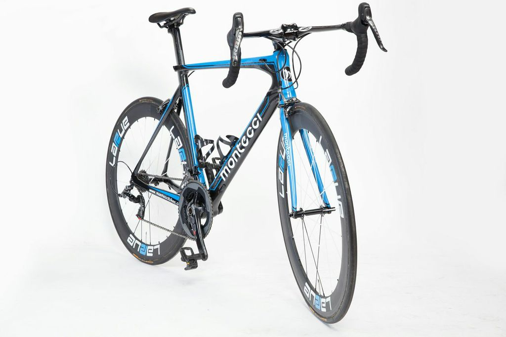 Montecci road bike
