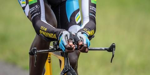 Valens Ndayisenga racing
