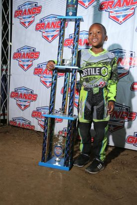 MICHAEL TERRY 5 under novice 2017 title