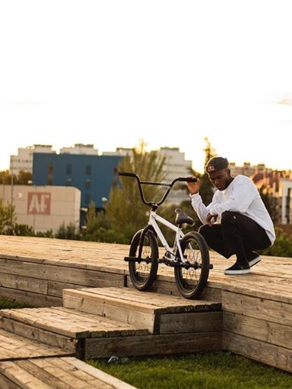 courage adams bike
